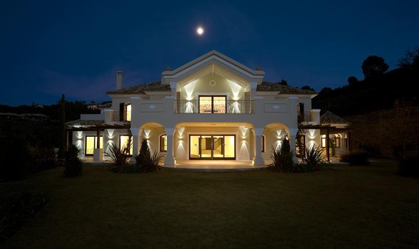 Villa La Zagaleta-1_Fachada Noche